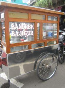 Penjual bandrek dan bajigur