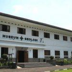Wisata musium geologi kota Bandung